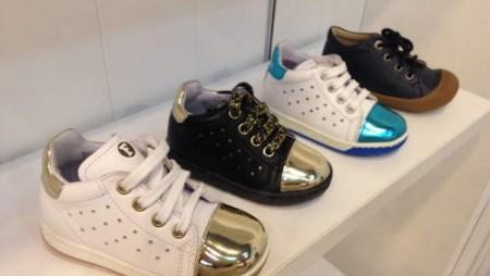 Cómo escoger el calzado correcto para tu bebé